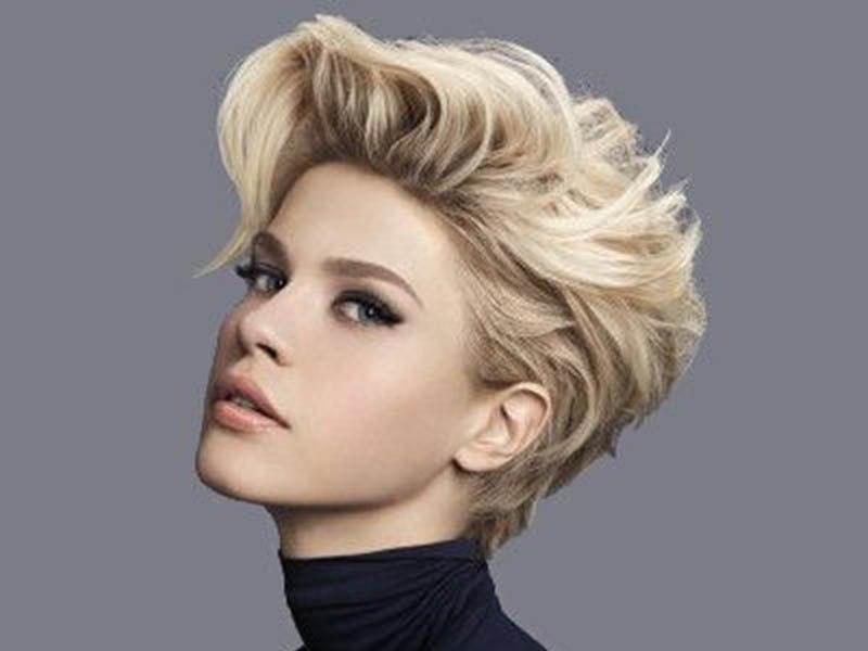 Yeni Yılda Saç Kesim Modelleri-