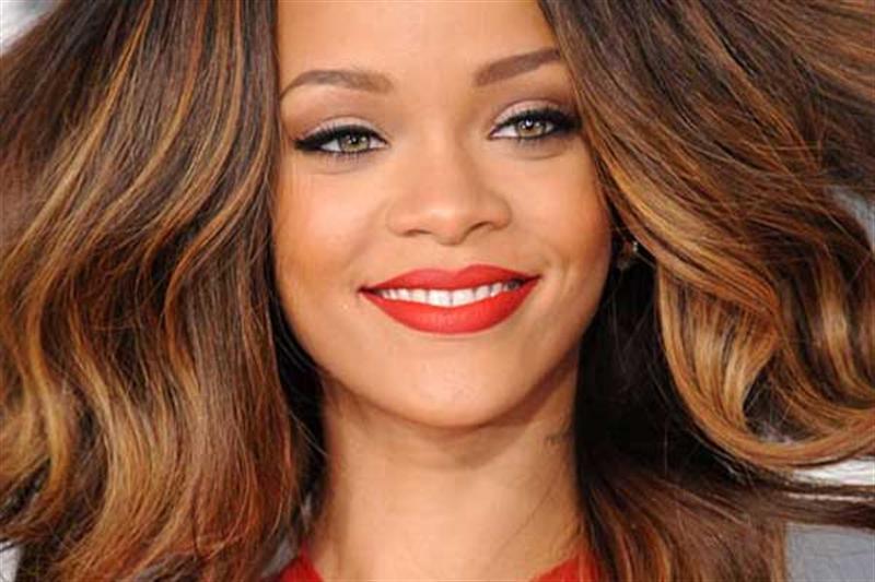 Esmerlere Hangi Saç Rengi Yakışır Kadincasayfacom Kadincasayfacom