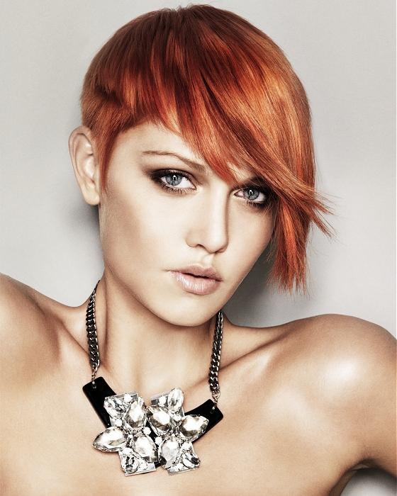 Sıra dışı kızıl saç kesimleri
