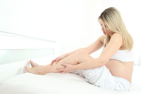 Gebelik Döneminde Baş Ağrısı ve Bacak Krampları