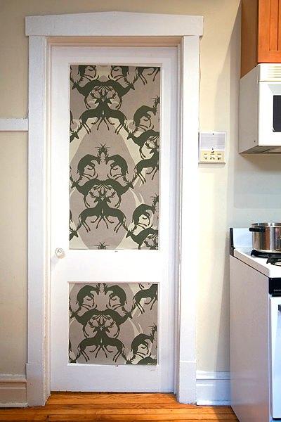 Как украсит дверь своими руками 900