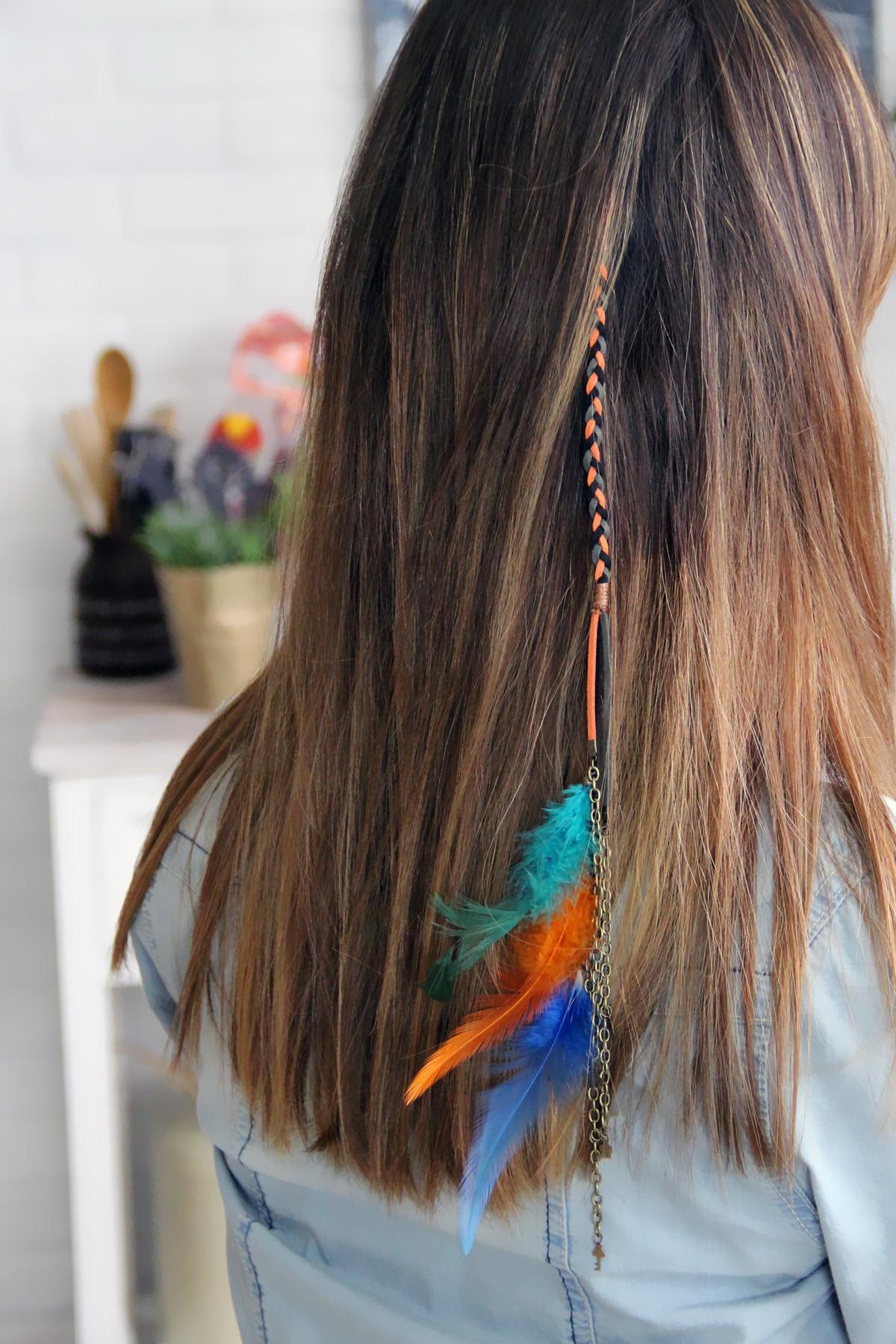 Saç Aksesuarları: Saç Rengine Uygun Saç Tüyü Nasıl Takılır