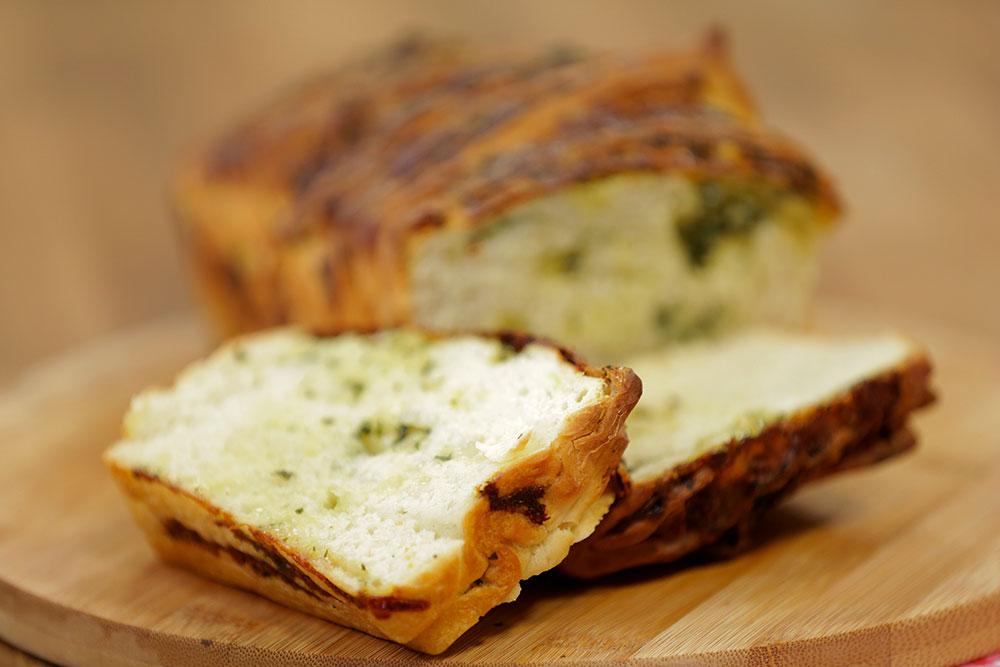 sarimsakli ekmek tarifi-resmi