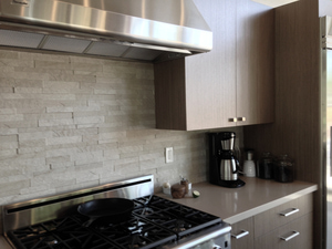 Cable-backsplash