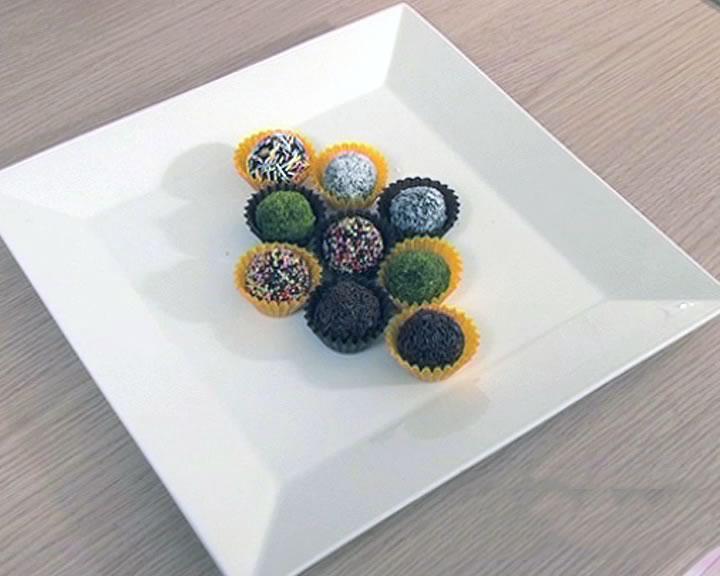 Hazır Kekten Çikolata Topları7