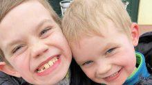 Otizmli 2 Oğluyla Herkes Alay Ediyordu – Sattığı Bu Ürünlerle Otizm Hakkında Farkındalık Yaratmaya Başladı
