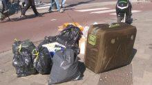 Bavulun İçinden Sesler Geldiğini Duyan Adam İçini Açınca Şok Oldu