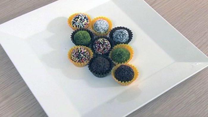 Hazır Keklerden Oluşturulmuş Harika Toplar (Çikolatalı) Tarifi