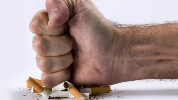 Sigara İçtikten Hemen Sonra Vücudunuzda BÖYLE Değişiklikler Oluyor.