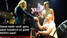Demet Akalın'ın Sahnesinde Sürpriz Evlilik Teklifi